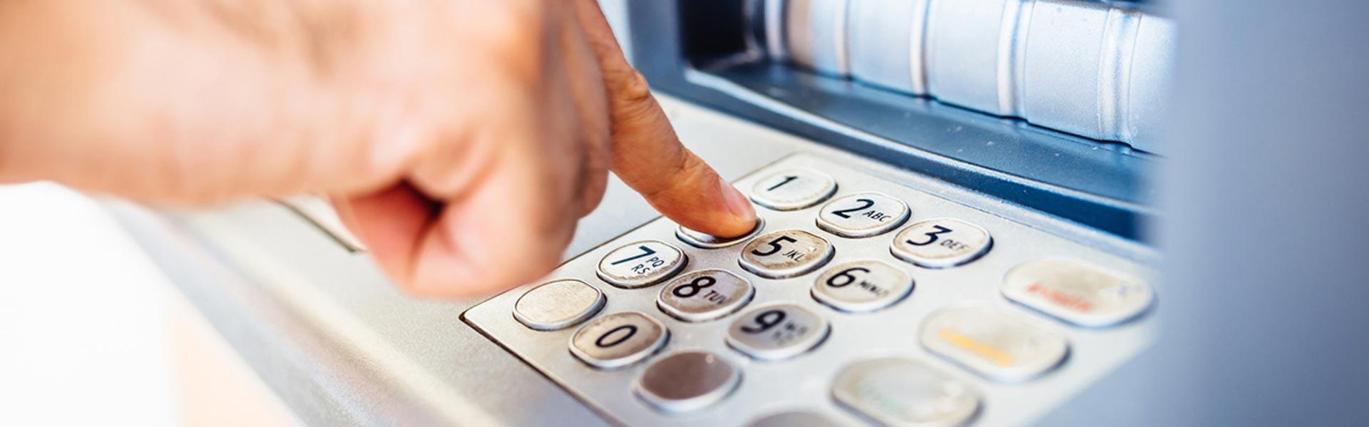 Tarjetas ATM/Tarjetas de Débito del Banco IBC