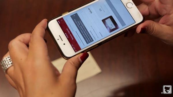 Depositar cheques a través de su dispositivo móvil