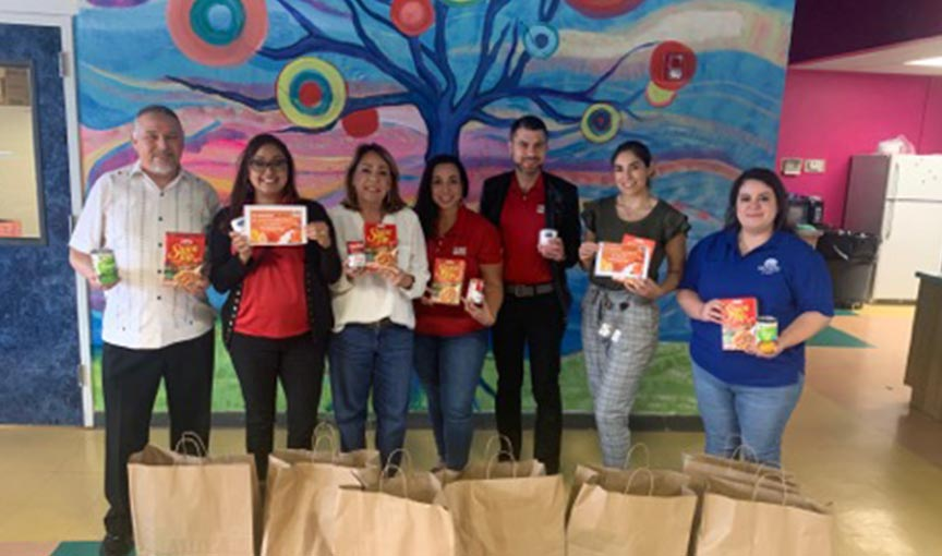 Ibc Bank- San Antonio Donates Over 100 Pounds Of Food