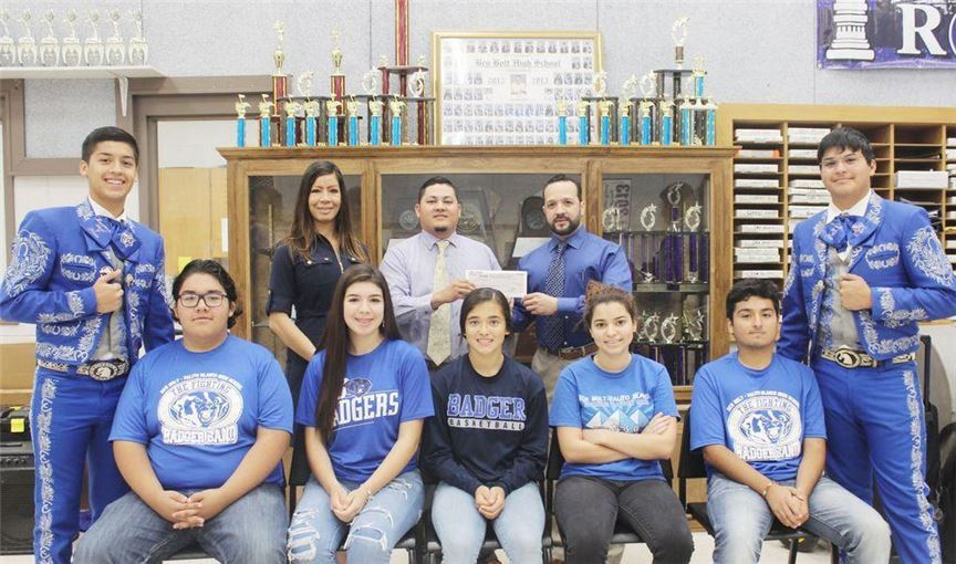 Zapata Donates ToHighSchool